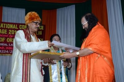 PhD and Mahamahopadhyay Award to Dr Pavitranandaji on 7 March in New Delhi (10).jpg