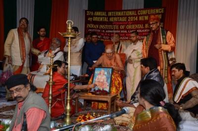 PhD and Mahamahopadhyay Award to Dr Pavitranandaji on 7 March in New Delhi (17).jpg