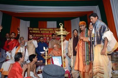 PhD and Mahamahopadhyay Award to Dr Pavitranandaji on 7 March in New Delhi (24).jpg