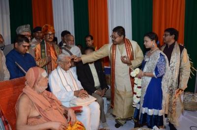 PhD and Mahamahopadhyay Award to Dr Pavitranandaji on 7 March in New Delhi (33).jpg