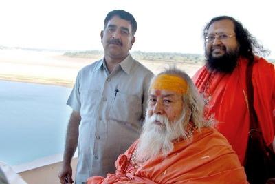 Shankaracharyaji's  visit 10-12-2011 (10).jpg