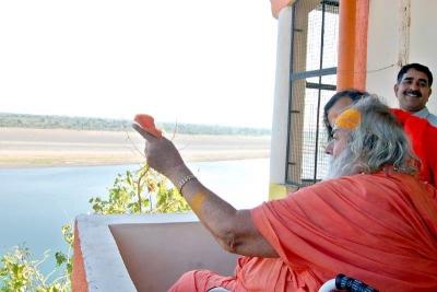 Shankaracharyaji's  visit 10-12-2011 (11).jpg