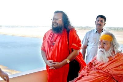 Shankaracharyaji's  visit 10-12-2011 (12).jpg