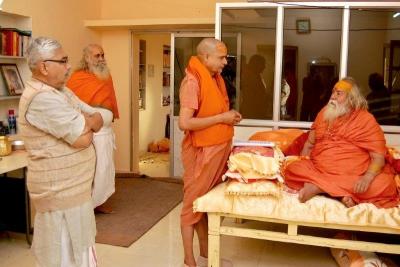 Shankaracharyaji's  visit 10-12-2011 (16).jpg