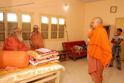 Shankaracharyaji's  visit 10-12-2011 (17).jpg