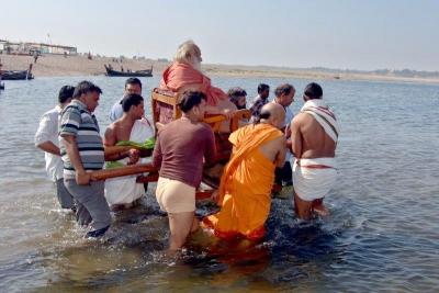 Shankaracharyaji's  visit 10-12-2011 (20).jpg
