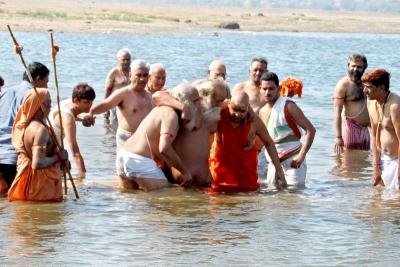 Shankaracharyaji's  visit 10-12-2011 (21).jpg